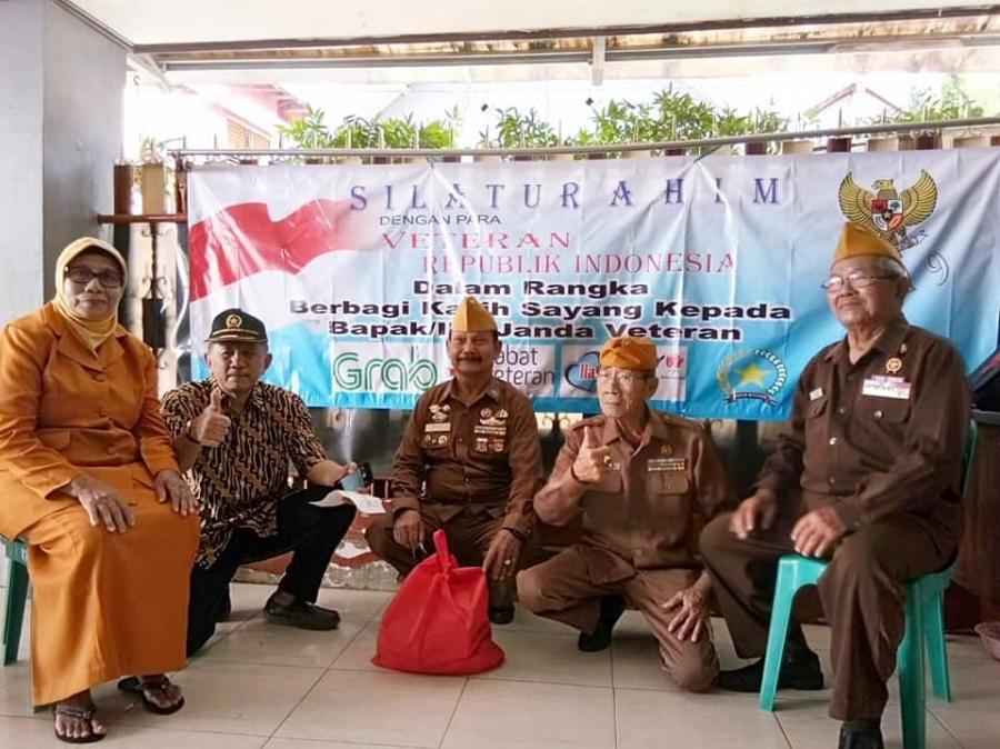 4/1/19 Berbagi kebahagiaan bersama Veteran dari Surabaya
